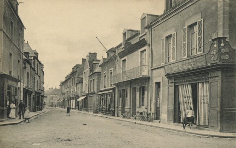Ouistreham – La Grande Rue